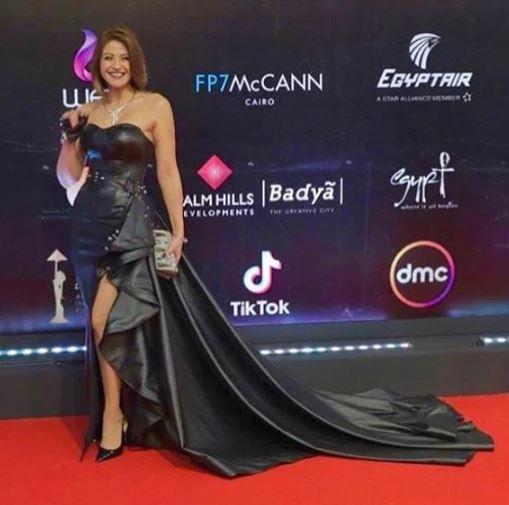 أبرز 3 إطلالات جلد سوداء بمهرجان القاهرة السينمائي